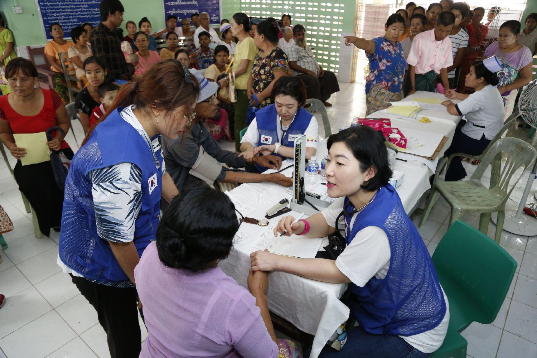 의료봉사(이태석국제의료봉사단)